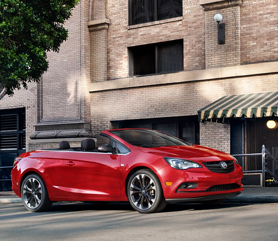 Image of the 2018 Buick Cascada luxury convertible.