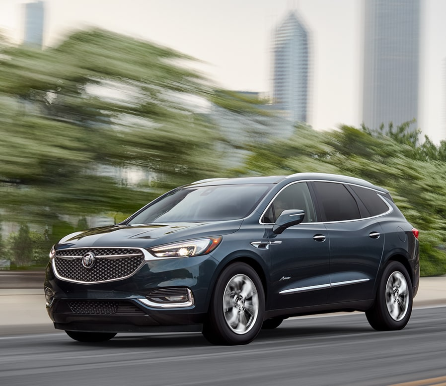 Image of the 2018 Buick Enclave mid-size luxury SUV.