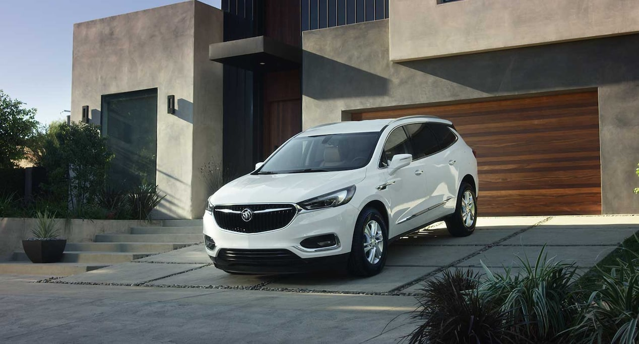 Image showing the 2018 Buick Enclave mid-size luxury SUV.