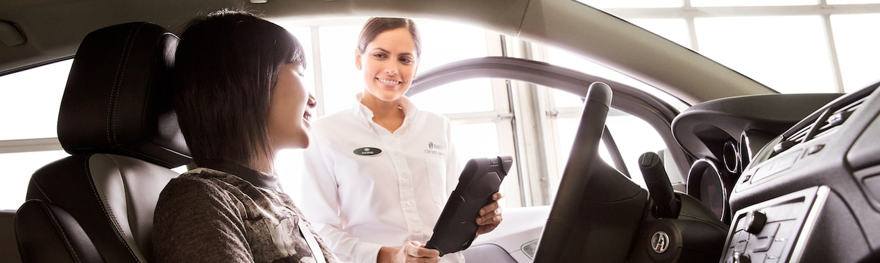Buick Certified Service technicians know your vehicle best. Schedule an appointment today or learn more about maintenance and auto repair.