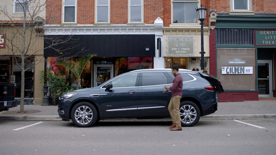 Video of Buick SUV and Capital One BuyPower Card