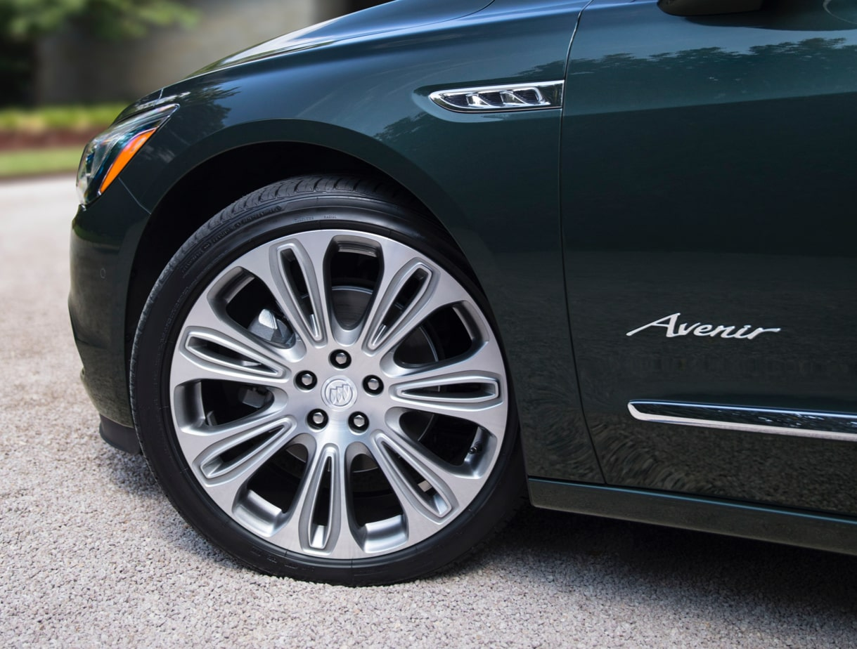 First-Ever LaCrosse Avenir: Full-Size Luxury Sedan | Buick