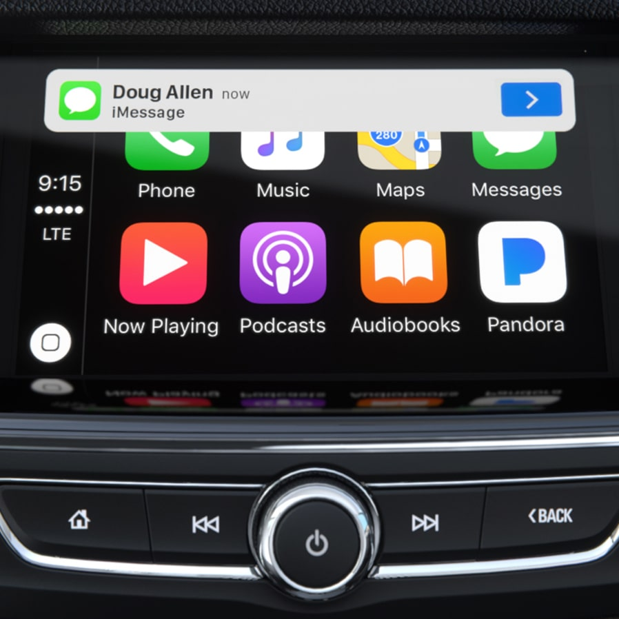 Image showing Apple Carplay connectivity in the Buick Regal Sportback mid-size luxury sedan