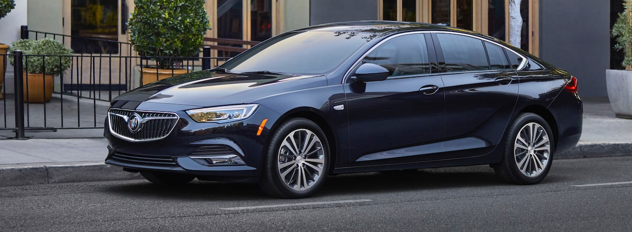 Masthead Image For The 2018 Buick Regal Sportback Mid Size Luxury Sedan