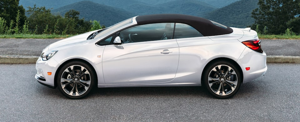Exterior image of the 2018 Buick Cascada luxury convertible with retractable soft-top in black.