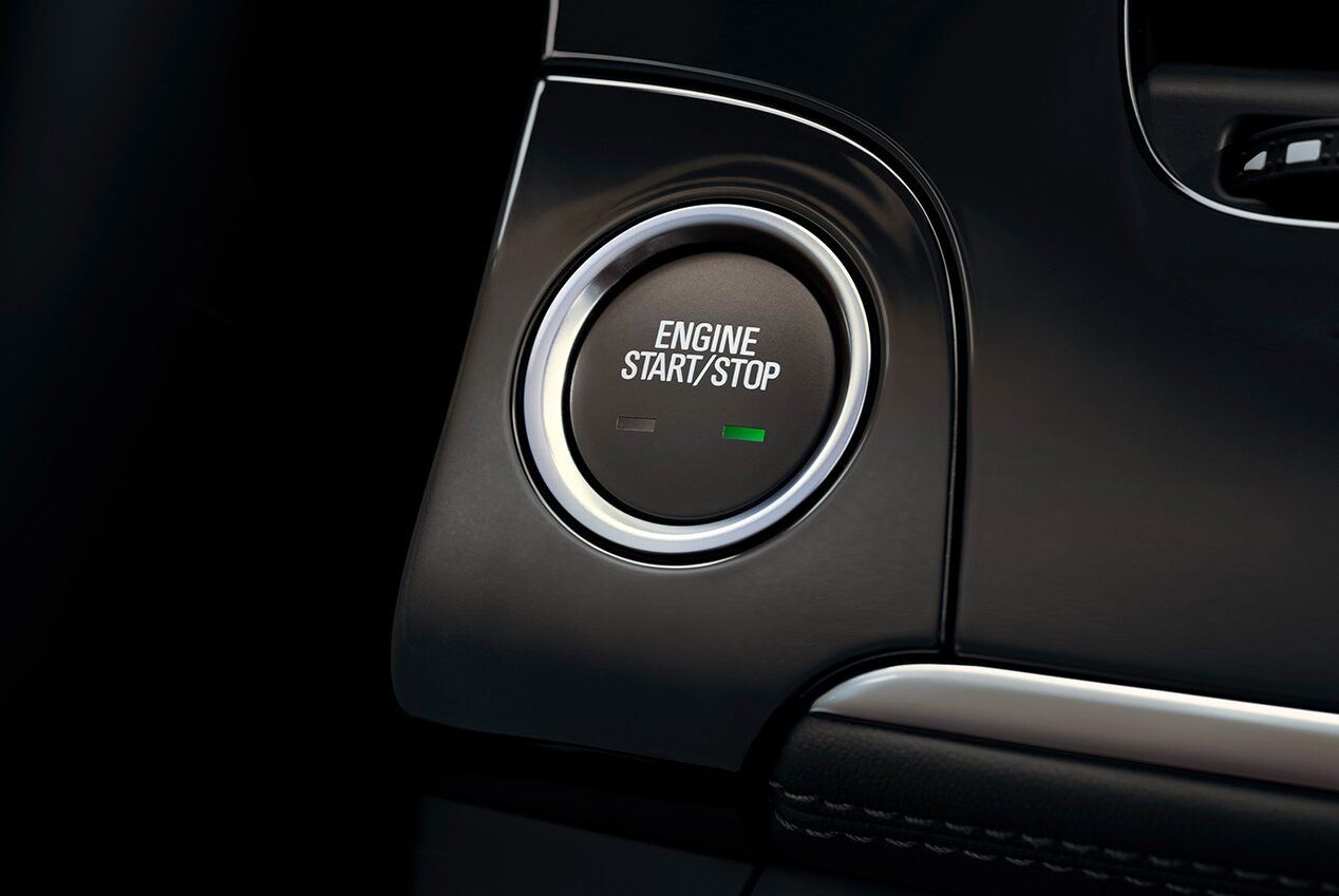 Keyless open on the 2018 Encore compact SUV.