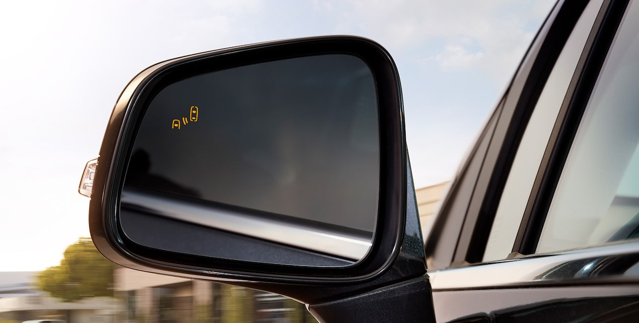 Side Blind Zone Alert in the 2018 Encore compact luxury SUV.