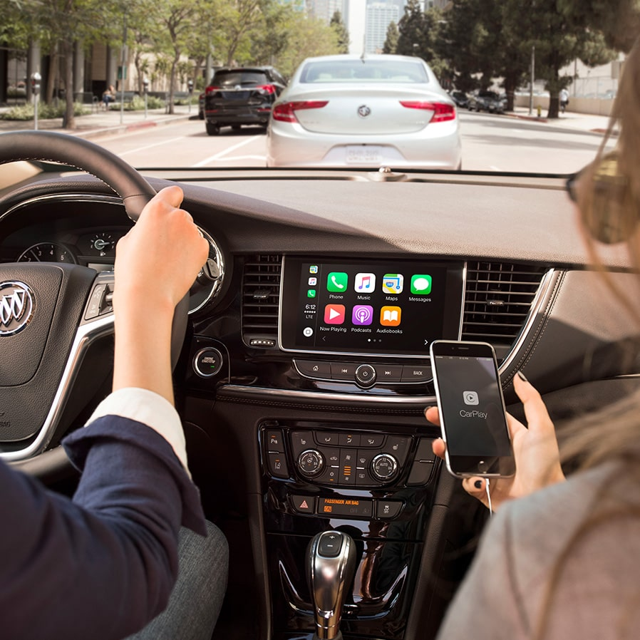 Amazing Apple Carplay In The 2018 Encore Compact SUV. Great Pictures
