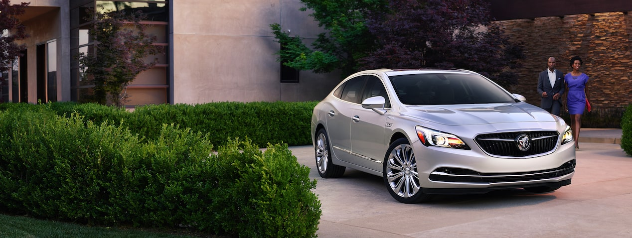 Masthead image for the exterior features page featuring the 2019 Buick LaCrosse full-size luxury sedan.