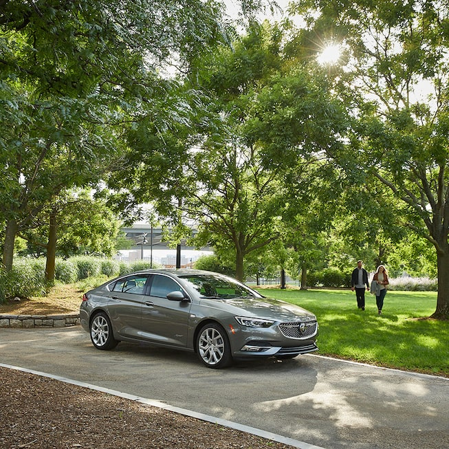2019 Regal Avenir Luxury Sedan Exterior Photo: side view