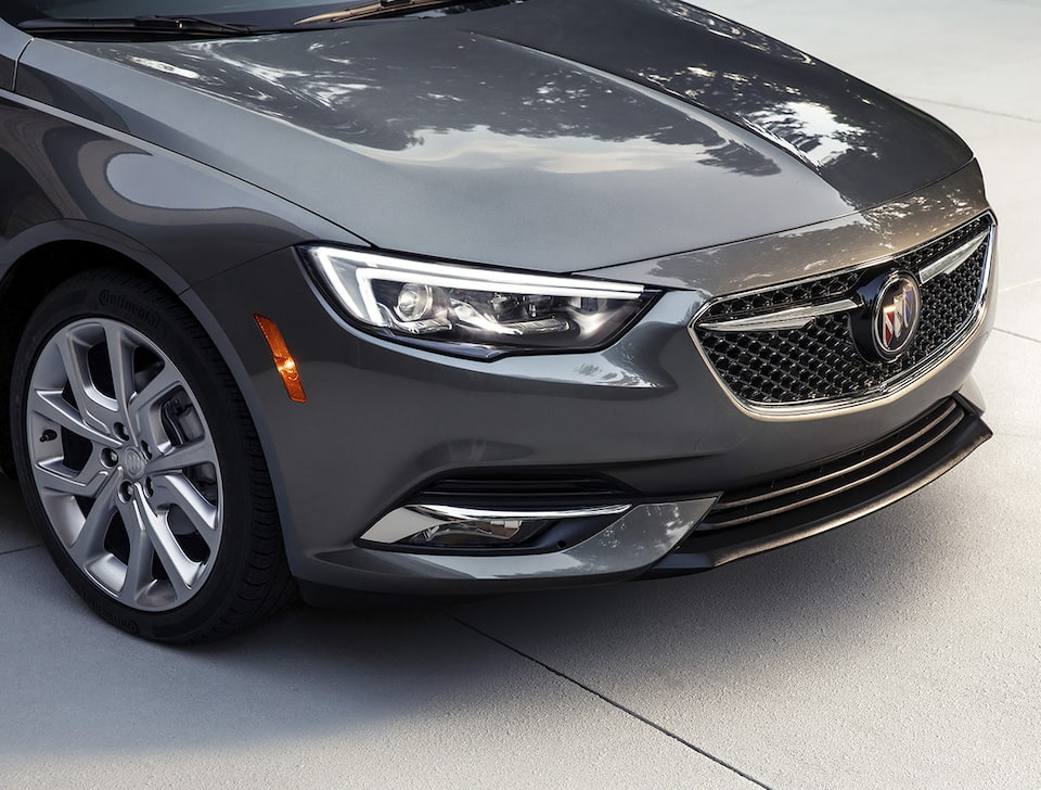 2019 Buick Regal Avenir Sportback Luxury Sedan: Headlamps