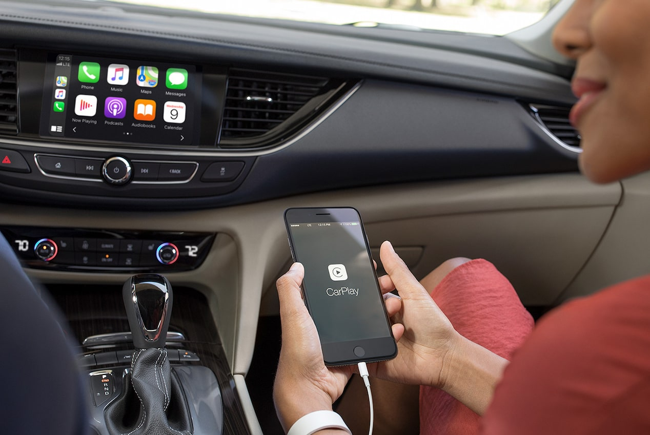 2019 Regal Sportback Mid-size Luxury Sedan Apple CarPlay