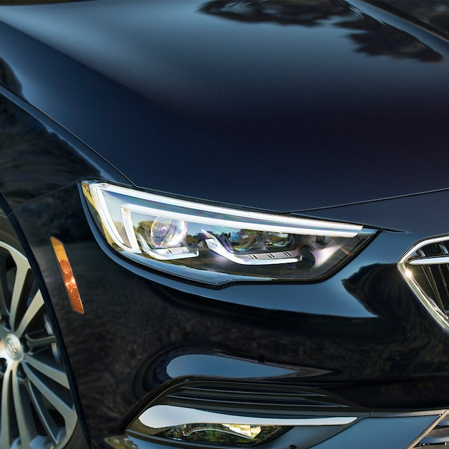 2019 Regal Sportback Mid-size Luxury Sedan Taillamp
