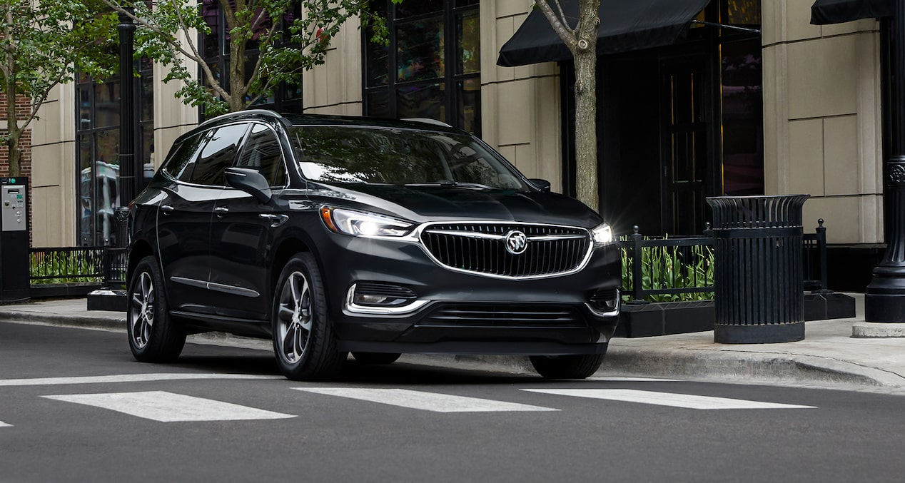 Image showing performance features of the 2019 Buick Enclave mid-size SUV.