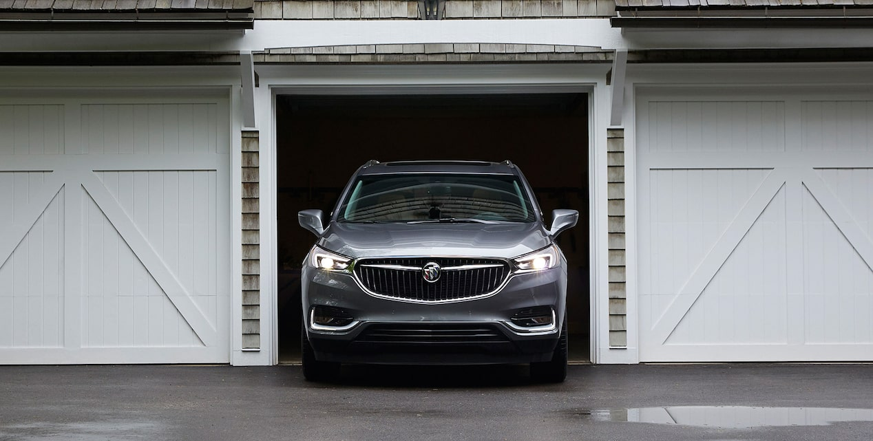 Image for offers on the 2019 Buick Enclave mid-size SUV.