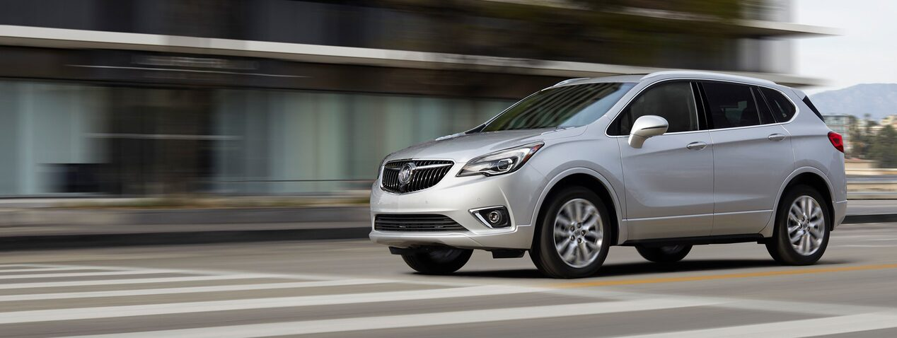 Masthead image for the performance features page featuring the 2019 Buick Envision compact luxury SUV.