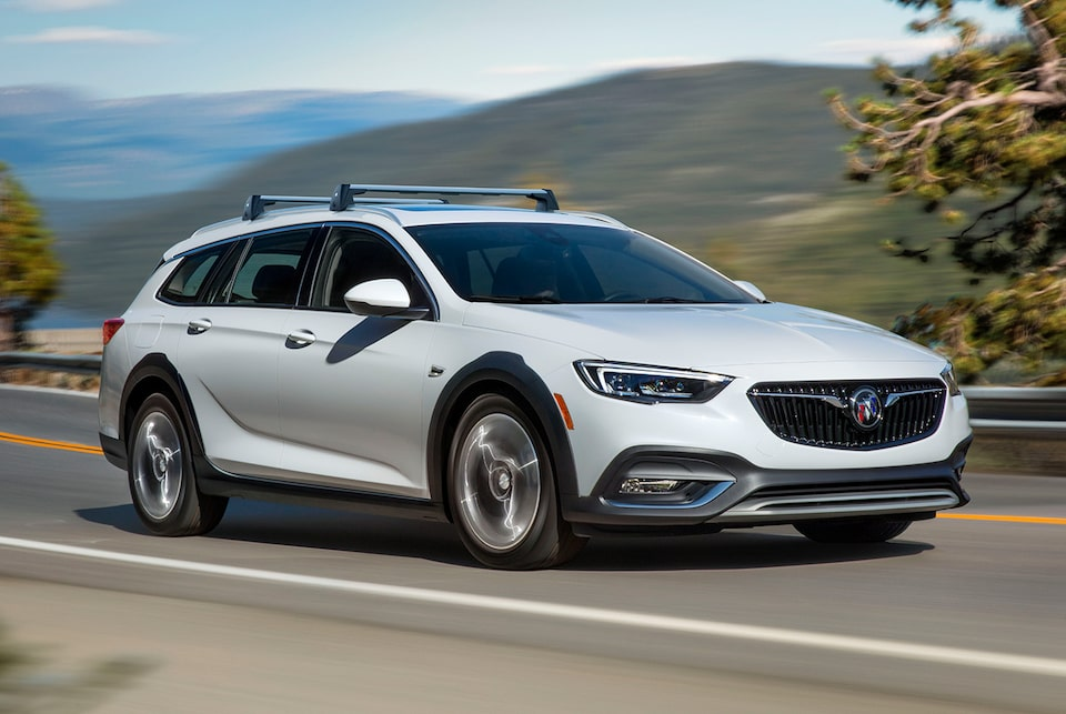 2019 Regal TourX Luxury Wagon Stabilitrak
