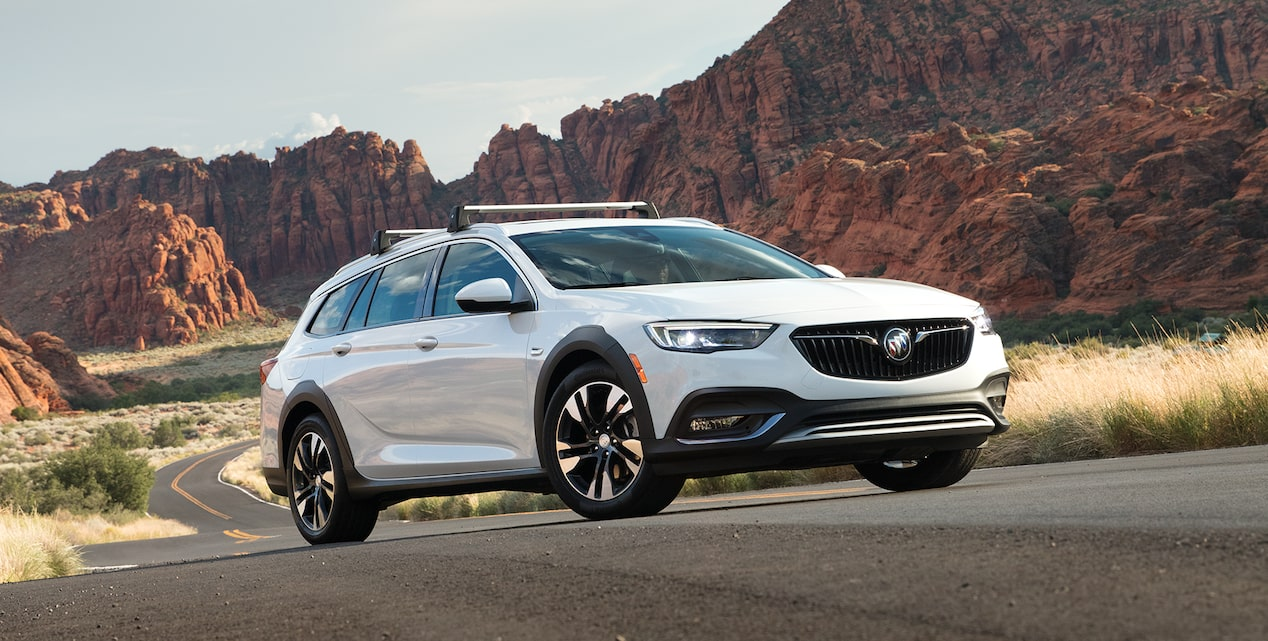 Get 17% below MSRP on most 2018 Buick TourX luxury wagon models when you finance through GM Financial.