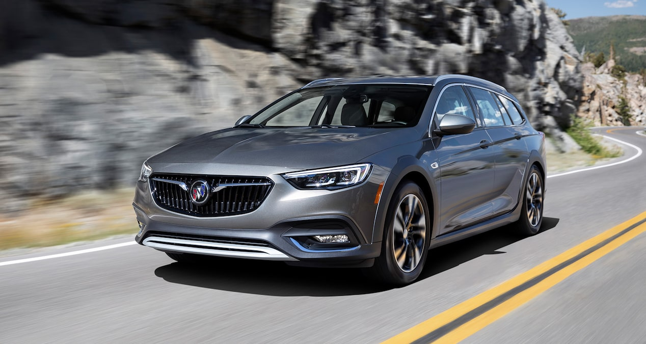 2019 Buick Regal TourX Luxury Wagon Performance