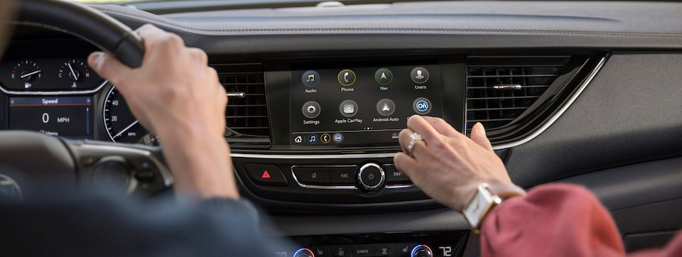 2020 Buick Regal Sportback Sedan Connectivity