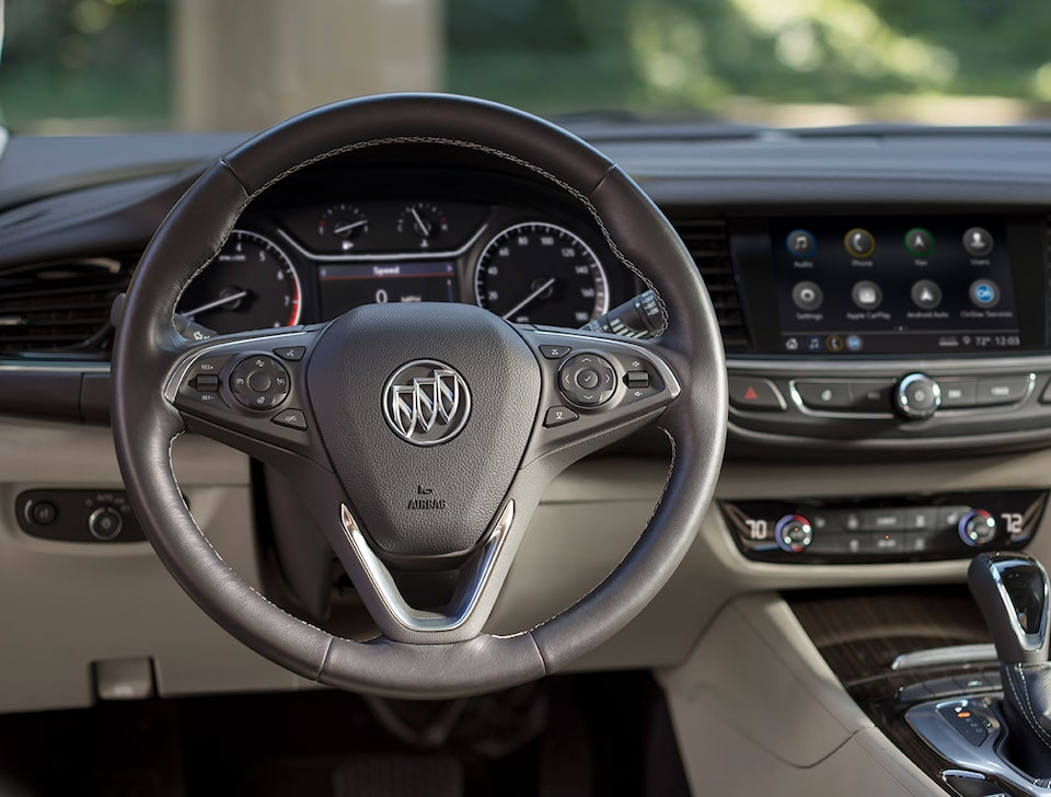 2020 Buick Regal Sportback Sedan Interior: Steering Wheel