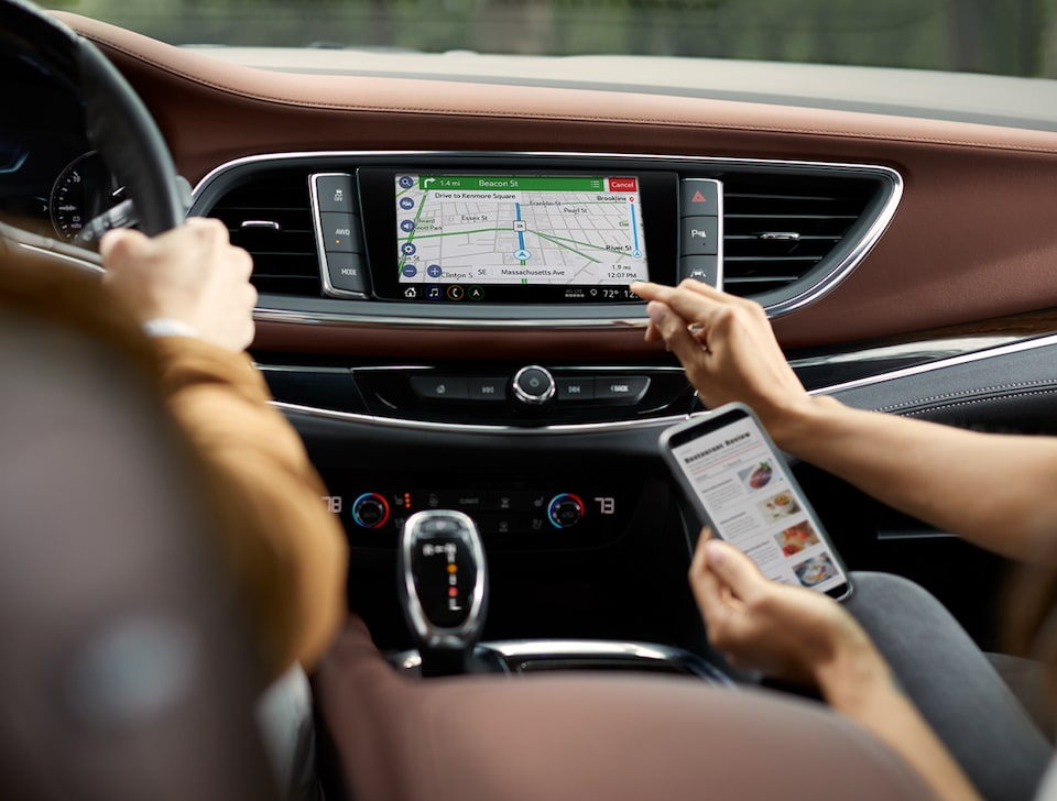 2020 Buick Enclave mid-size luxury SUV Connectivity Features Navigation