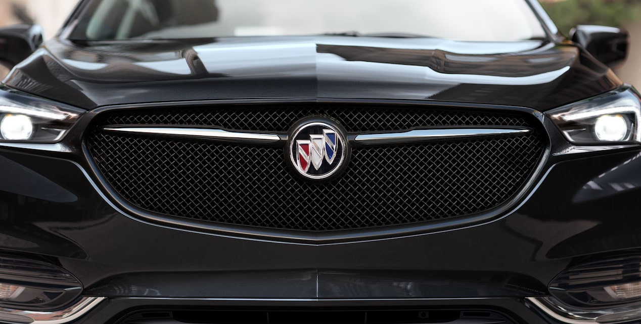 2020 Buick Enclave mid-size luxury SUV exterior features new sport grille shot