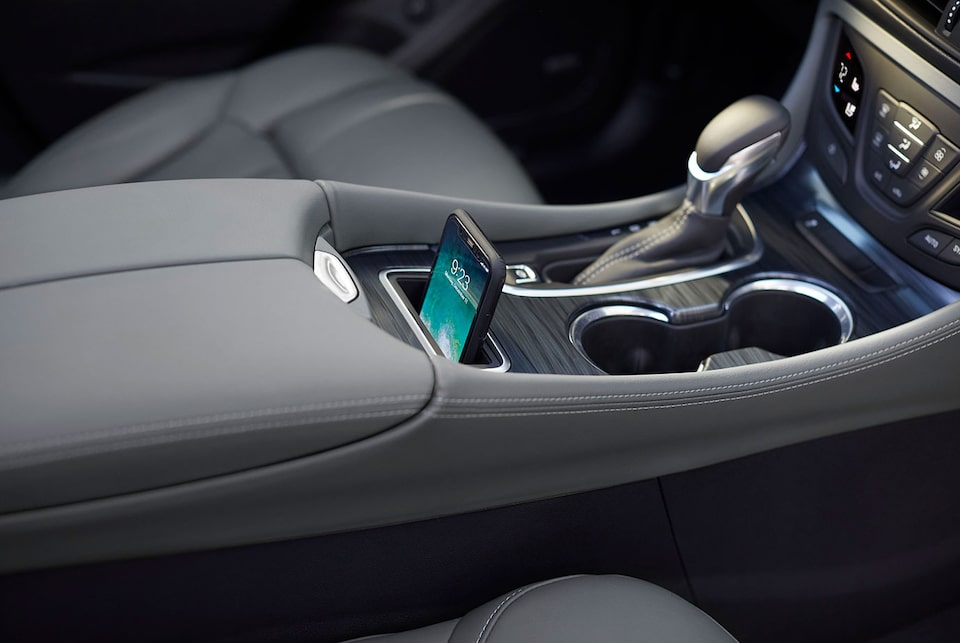 2020 Buick Envision Compact SUV Smartphone Wireless Charging