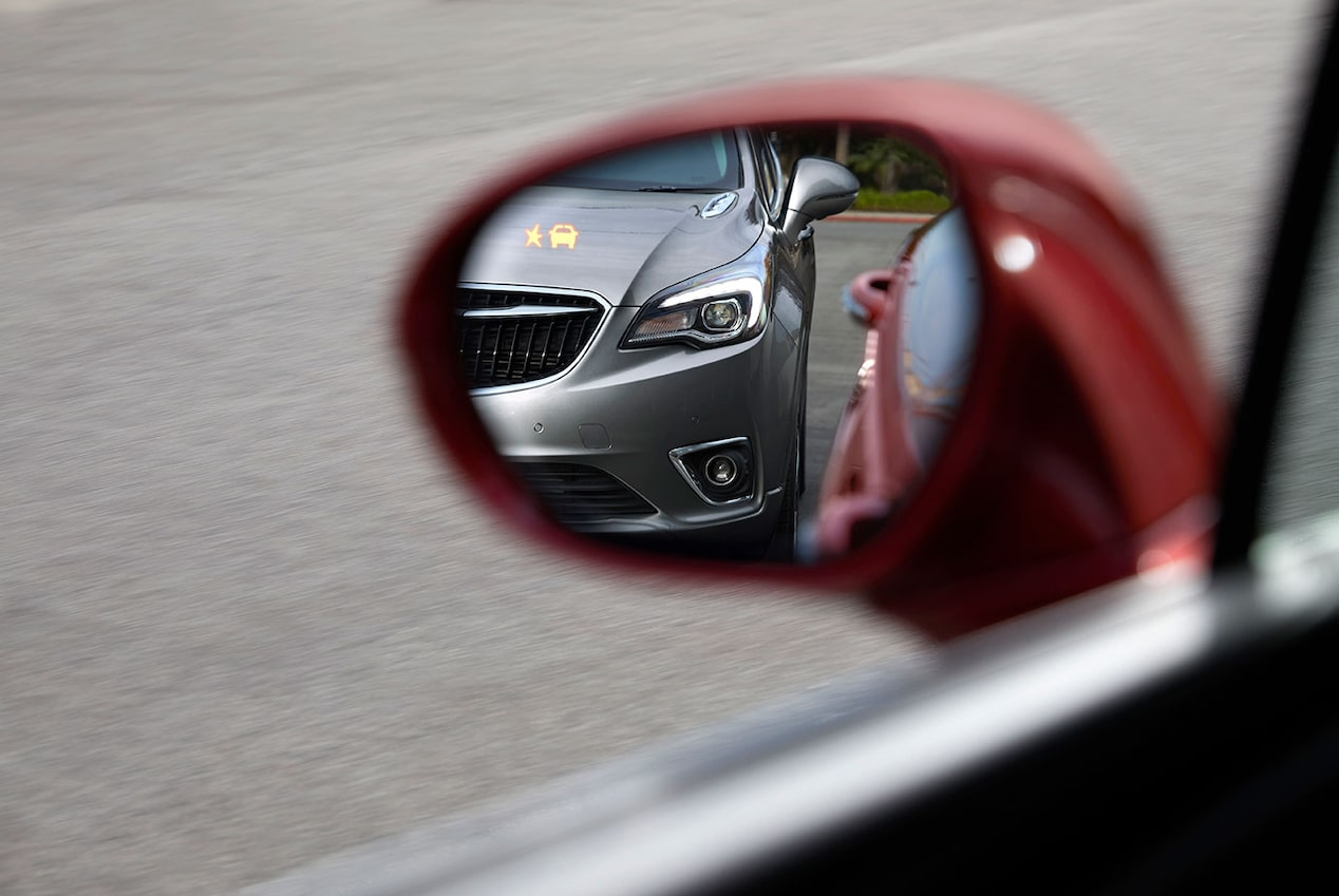 2020 Buick Envision Compact SUV Blind Zone Safety Alert