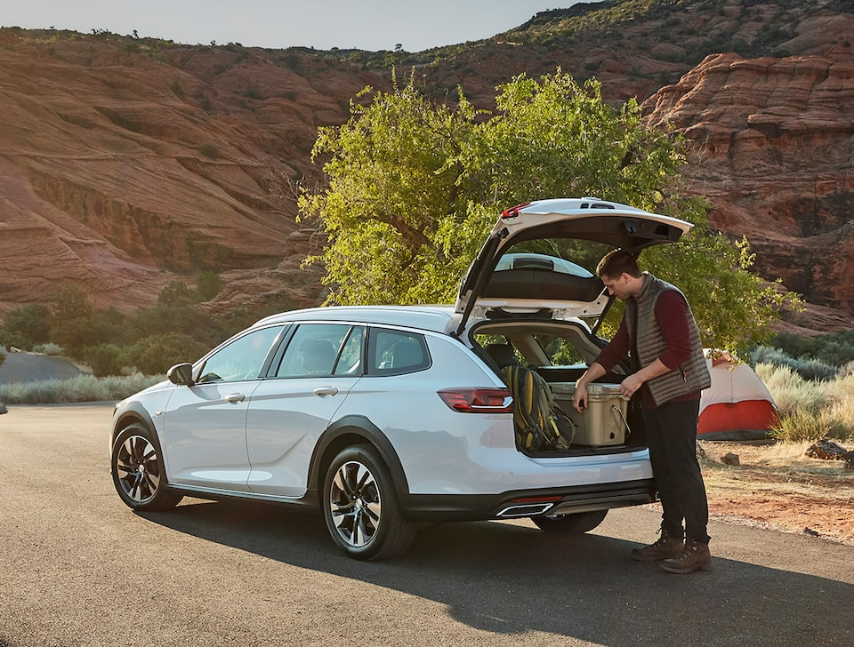 2020 Buick Regal TourX Luxury Wagon Handsfree Power Liftgate