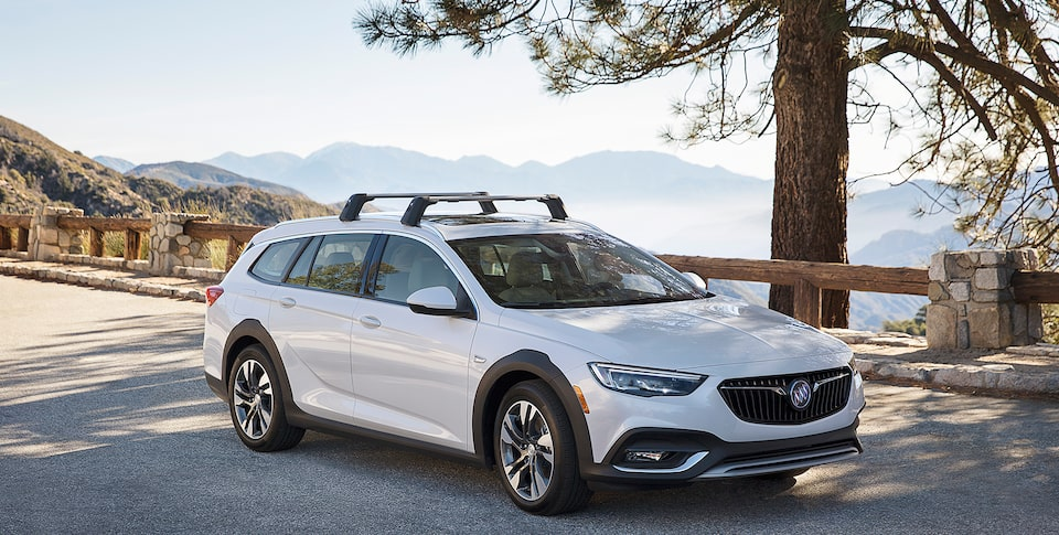 2020 Buick Regal TourX Luxury Wagon Passenger Side Exterior