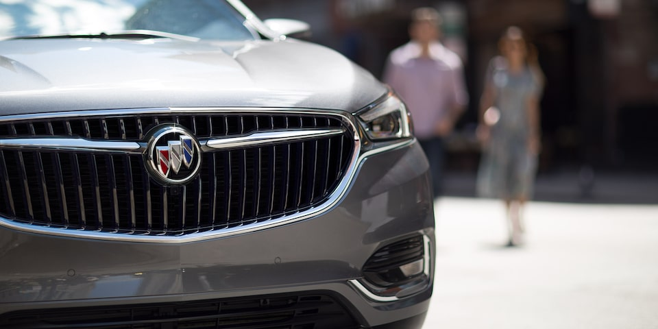 2020 Buick Enclave Mid Size SUV Front Grille Close Up